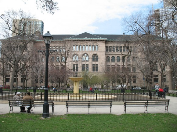 Washington_Square_Park_&_Newberry_Library