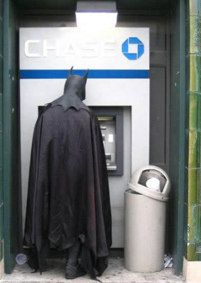 a97314_g199_10-batman2