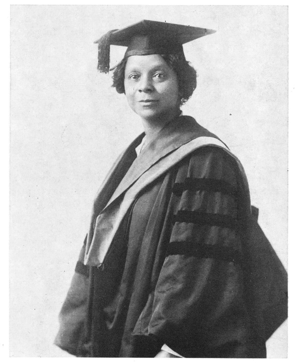 Photograph of Georgiana Simpson, 1921.  Moorland-Spingarn Research Center, Howard University Archives.